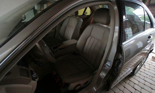 Tapicerka samochodowa Mercedes-Benz W204