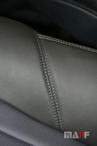 Tapicerka samochodowa Mercedes-Benz W211-e55-amg - 17
